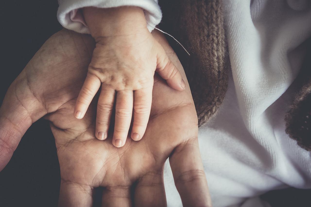 Jak poradzić sobie z asymetrią u dziecka?